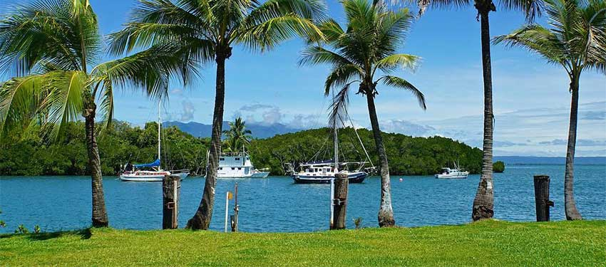 Port Douglas - Sophisticated Shopping and fine Dining