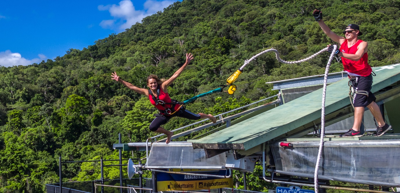 Bungy jumping galleries 74